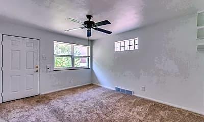 Family Room.jpg, 3442 Lawn Ave, 1