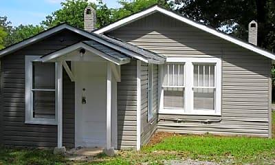 Building, 917 School Terrace, 2