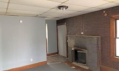 Building, 218 Penn Ave, 1