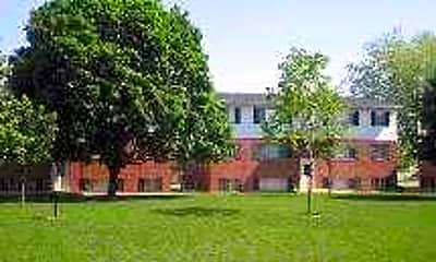 Colonial Park, 1