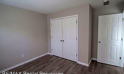 Bedroom, 1943 Center St, 2