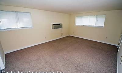 Bedroom, 20 Reservoir Manor, 2