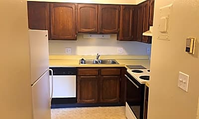 Kitchen, 4003 Minnesota Dr, 1