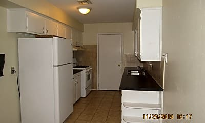 Kitchen, 2417 NW 42nd St, 1