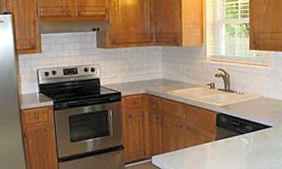 Kitchen, 1702 S Cherokee Pl, 1