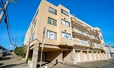 Building, 3090 Vicente St, 2