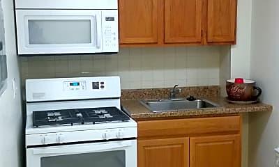 Kitchen, 1002 49th St NE, 0