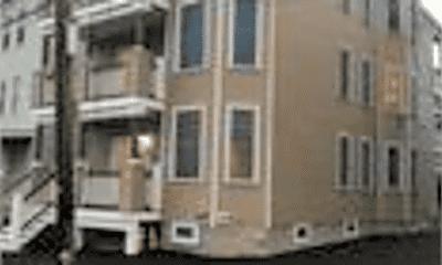 Building, 485 Beach St, 2