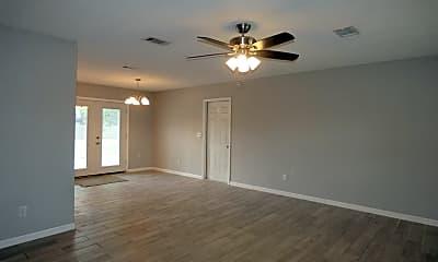 Living Room, 4131 Cinnamon Rd, 1