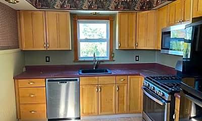 Kitchen, 240 Oakhurst Rd, 1
