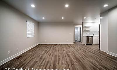 Living Room, 1443 2/3 Ricardo St, 1