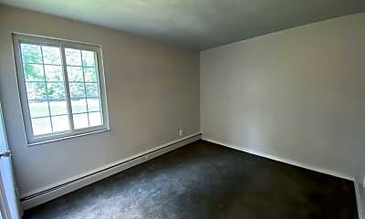 Living Room, 295 Beattie Ave, 1