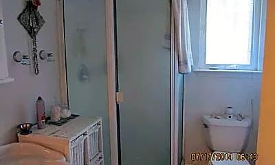 Bathroom, 21338 Ridgeview Dr, 1