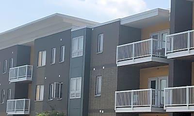 Illinois Place Apartments, 2