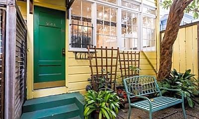 Patio / Deck, 564 Lombard St, 1
