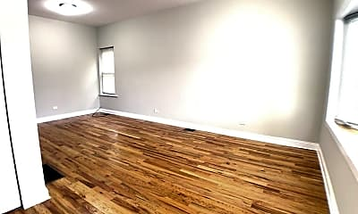 Living Room, 3904 W Armitage Ave, 0