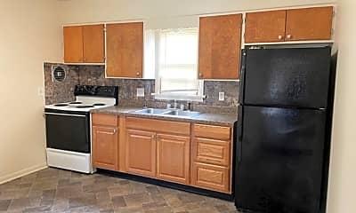 Kitchen, 364 Mulberry St, 2