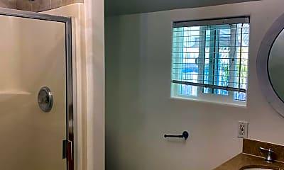 Bathroom, 174 Vega Dr, 2