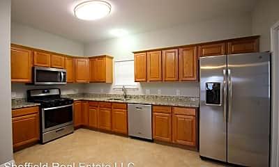 Kitchen, 4905 Dewey St, 1