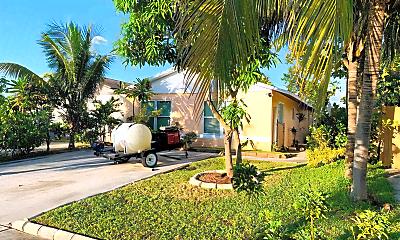 Building, 5870 Bermuda Cir E, 0