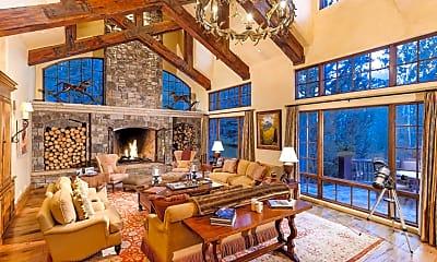 Living Room, 127 Powderbowl Trail, 1