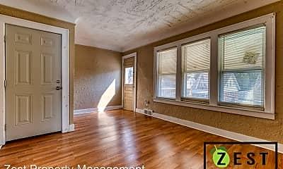 Living Room, 15703 Pinehurst St, 0