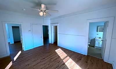 1031 W Monroe Terrace, 0