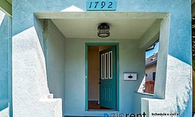 1792 Washington Ave, 1