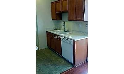 Kitchen, 10669 Allegrini Dr, 1