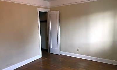 Bedroom, 4315 SW Oregon St, 2
