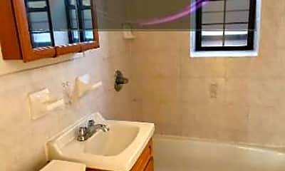 Bathroom, 7524 11th Ave, 2