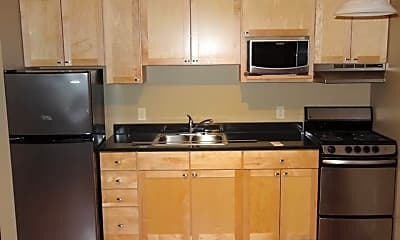 Kitchen, 305 N Broadway Dr, 0