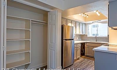 Kitchen, 3120 E Paradise Ln, 1