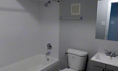 Bathroom, 1649 W 21st St, 2