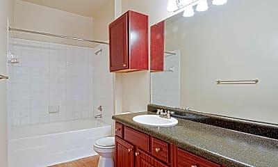 Bathroom, The Retreat at Eldridge Apartments, 2