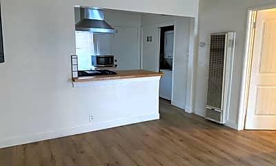 Kitchen, 375 Delmas Ave, 2
