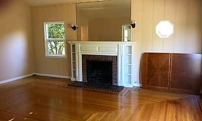 Living Room, 13338 W Magnolia Blvd, 1