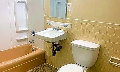 Bathroom, 293 Willard St, 2