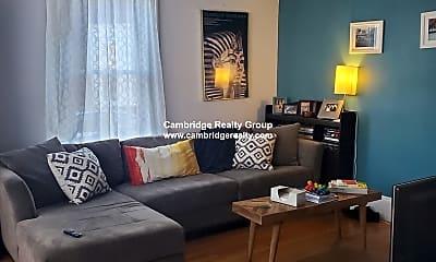 Living Room, 76 Boston St, 2