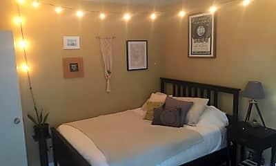 Bedroom, 1843 Hope St, 1
