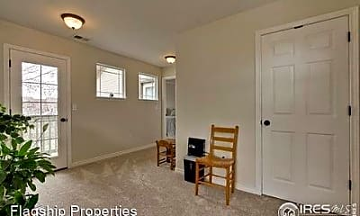 Bedroom, 818 S Terry St, 2