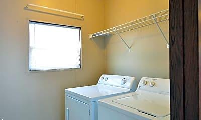 Bedroom, River Ridge Estates, 2