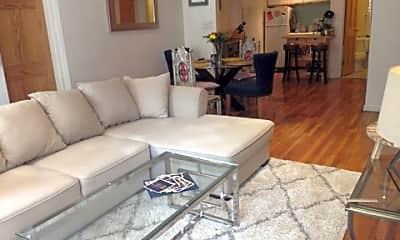 Living Room, 111 E 31st St, 0