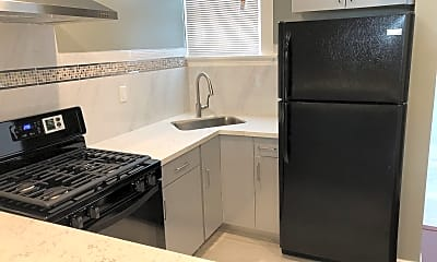 Kitchen, 715 Leavenworth St, 1