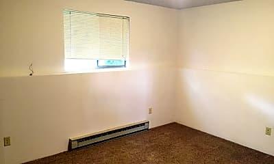 Bedroom, 3920 S Bowdish Rd, 2