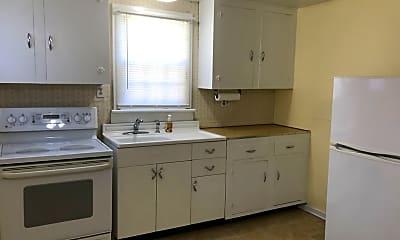 Kitchen, 2712 Barclay Ave, 2