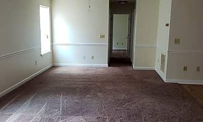 Living Room, 2013 2nd Loop Rd, 2