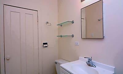 Bathroom, 4873 N Talman Ave, 2