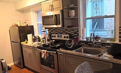 Kitchen, 631 N 11th St 1R, 1