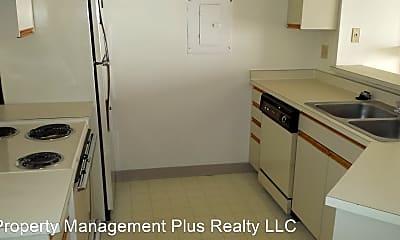 Kitchen, 60 S Boulder Cir, 1